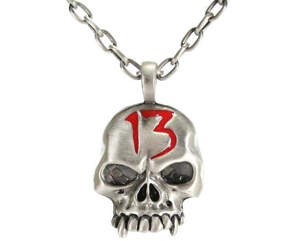 Halsband Skull 13 Bilstyling