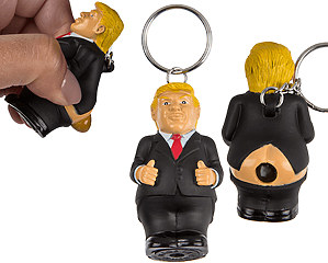 Donald Trump Poops Nyckelring