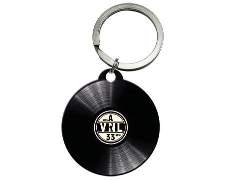 Köp nyckelring som ser ut som en vinyl LP-skiva 354062b936cd2
